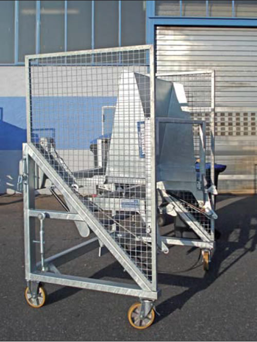 mobile bin lifter with trunnions and comb bar for bins 80 ltrs up tp 1100 ltrs